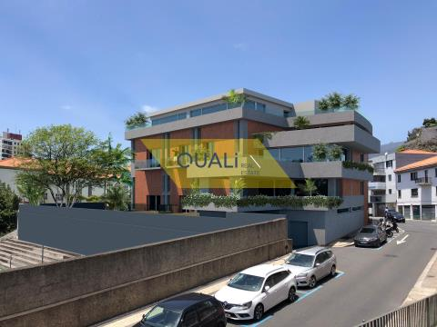 Penthouse T2 - Center of Funchal. Madeira Island - € 520.000,00