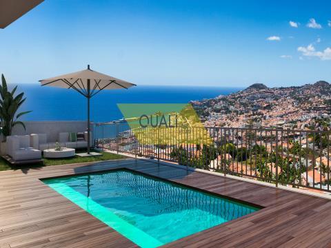 Villa with magnificent sea views - Funchal - Madeira island - € 625.000,00