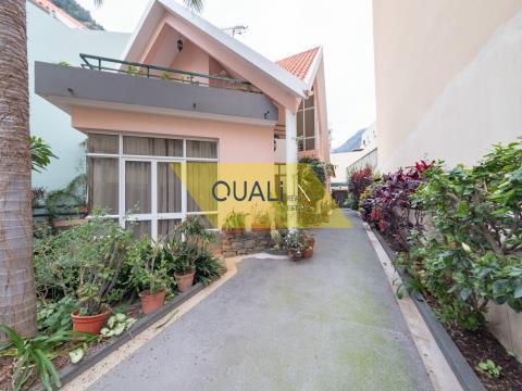 Villa de 3 dormitorios en Ribeira Brava - Isla de Madeira. €440.000,00