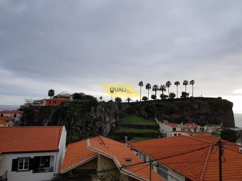 1 bedroom apartment with garage in Camara de Lobos Madeira Island € 86.500,00
