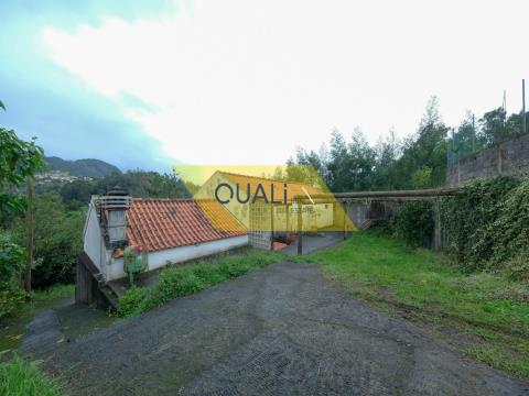 Warehouse transformed into living space - São Jorge - Madeira Island - € 85.000,00