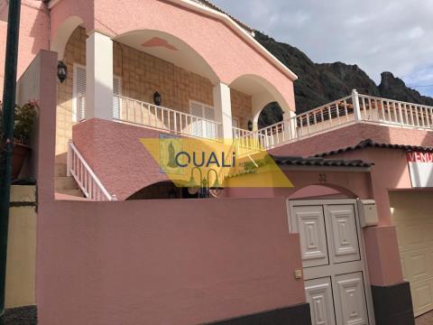 Villa mit 4 Schlafzimmern zum Verkauf in Paúl do Mar, Calheta, Insel Madeira - € 235.000,00