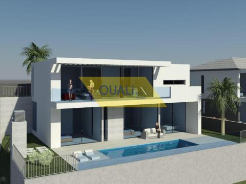 Magnificent 3 bedroom villa located in Paul de Mar, Madeira Island - € 475,000.00