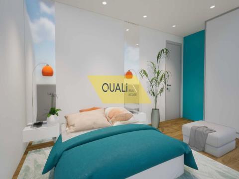 Maison de ville en duplex V3 à Câmara de Lobos - Île de Madère - € 270.000,00