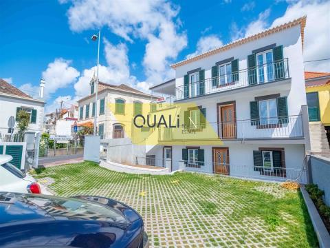 Immeuble réhabilité avec trois appartements T2, Funchal, Madère - 690000,00 €