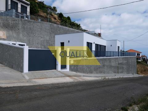 Einfamilienhaus mit freiem Blick in Fajã - Madeira - € 260.000,00
