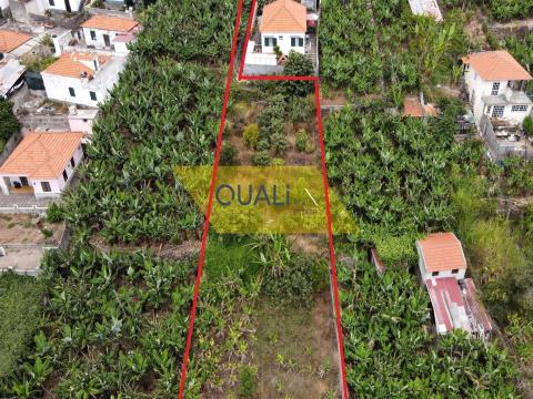 Grundstück von 1060m2 in Zona da Amparo, São Martinho, Funchal - 200.000,00 €