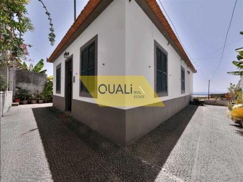 Villa mit 3 Schlafzimmern in Amparo, São Martinho Funchal, Insel Madeira - 250.000,00 €