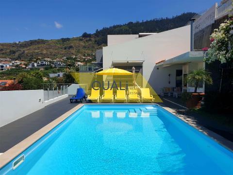 Ausgezeichnete Villa in Arco da Calheta - Madeira - € 636.000,00
