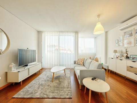 Deslumbrante Apartamento T2 Duplex c/ Duas Suites