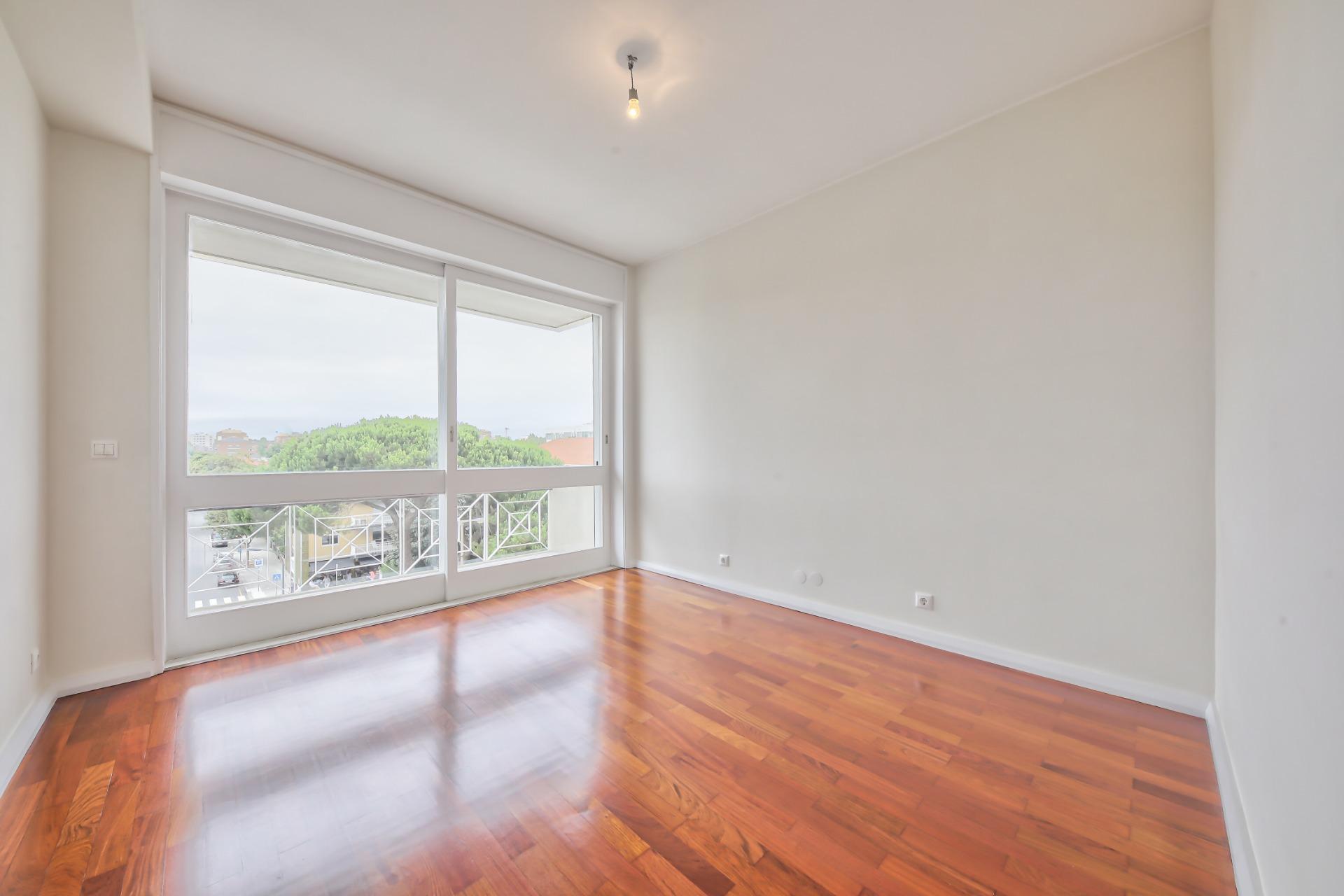 Fantástico Apartamento T3+1 Totalmente Reabilitado - Porto (Boavista)