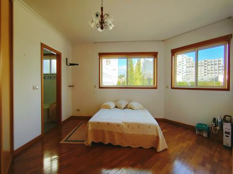 Luz Natural em Apartamento T2 - Valença