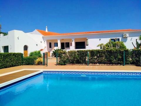 Villa V4 Exclusive para férias - 4.700 m2 - Privada