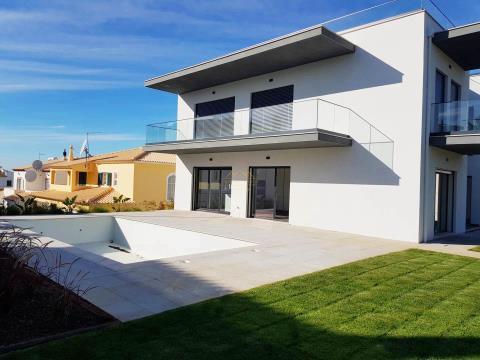 Fantástica Villa V4+1 Nova - Com vistas mar e Marina - Zona Premium -