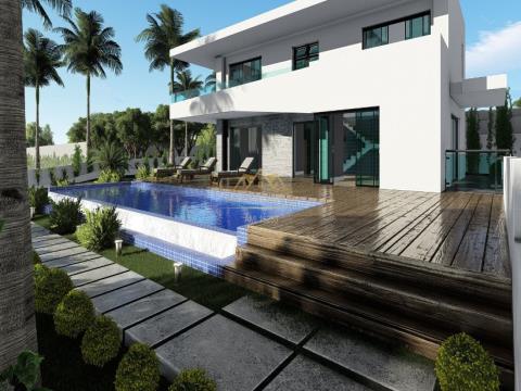 Villa V2+1 independiente con piscina privada y vistas al mar