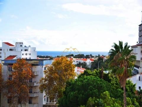 Apartamento com vista mar em Albufeira… a bom preço!