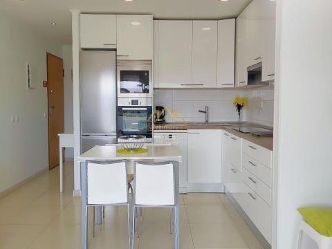 Apartamento T2 na Oura para férias, desde...