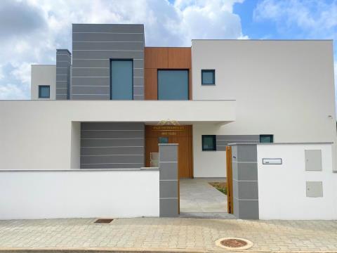 Fantastique villa de 4 chambres avec piscine privée