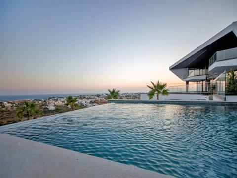 Luxury Contemporary V4 Villa - 180º Vista al Mar