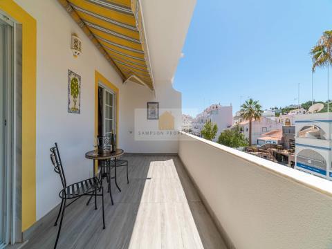 Apartamento T2 para venda no coração de Carvoeiro a 400m da praia com garagem