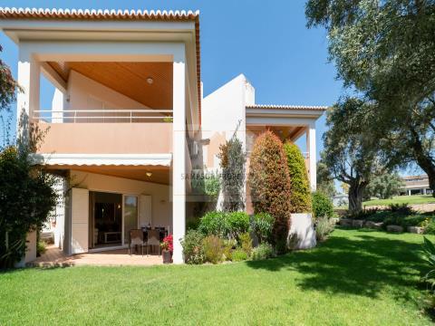 For sale in Carvoeiro, spacious 2 bedroom apartment on Pestana resort