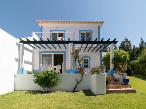 For sale in Quinta do Rosal Carvoeiro. 2 bedroom townhouse