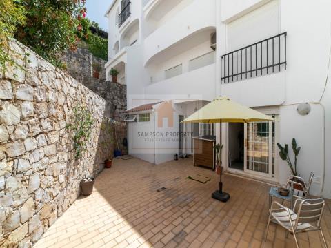 T2 com terraço a 200m da praia em Carvoeiro, Algarve