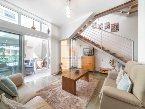 Para venda, Espaçosa moradia em banda com 2 quartos em Carvoeiro