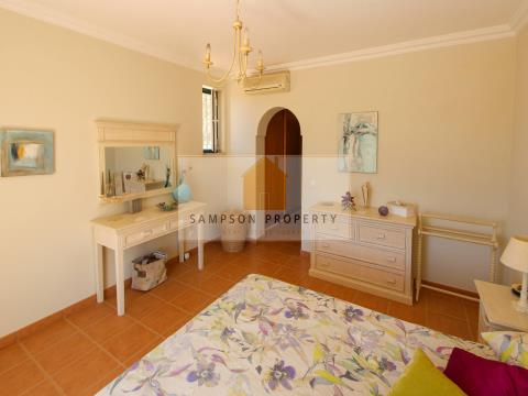 Villa 4 bed for sale Silves
