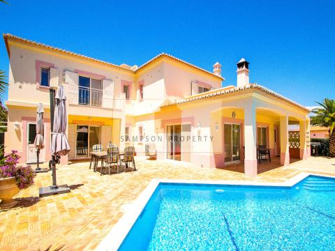 Villa 4 bed for sale Carvoeiro