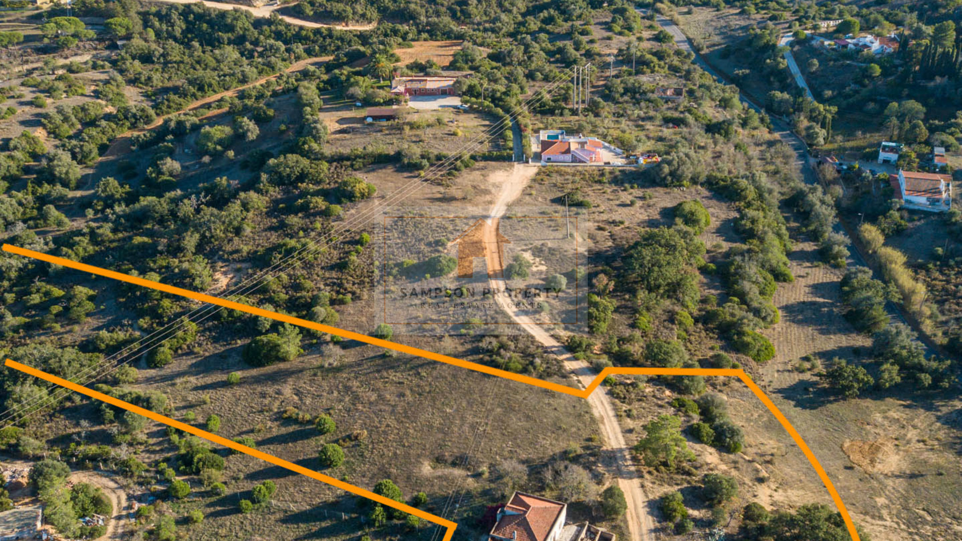 For sale, large building plot with sea views, close to Carvoeiro