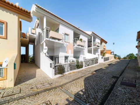 Para venda, apartamento T1 espaçoso no Golden Clube Carvoeiro