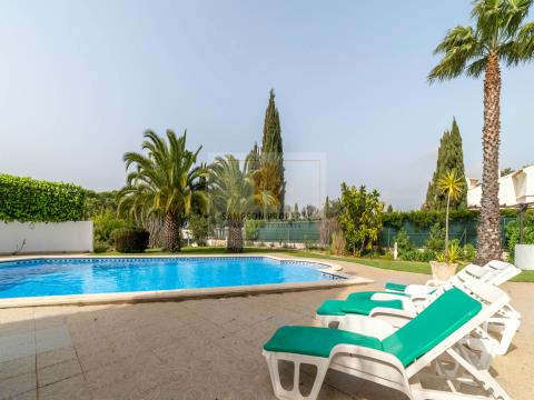 For sale in Salicos Carvoeiro, 3 bedroom villa with heated pool and landscaped gardens