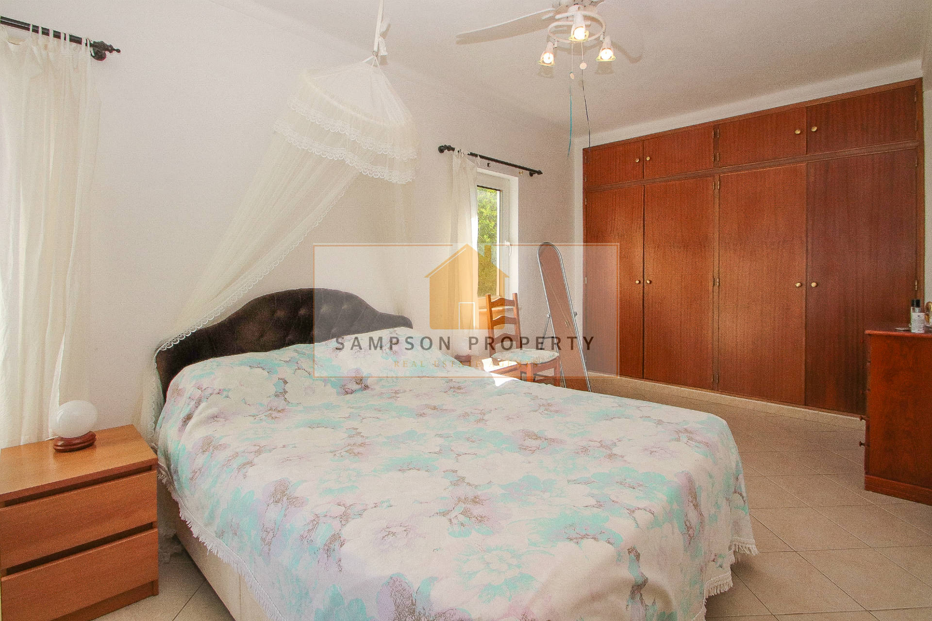 2 bed Villa + 1 bed cottage + studio