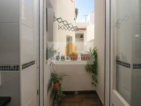 For sale T1 apt only 80m from Carvoeiro beach