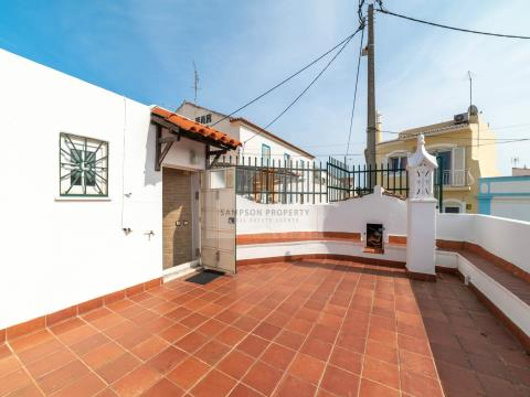 For sale in Carvoeiro traditional renovated Portuguese house with 3 bedrooms