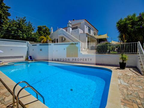 5+1 Bed Villa with Heated Pool in Carvoeiro