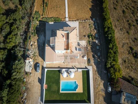 Renovated countryside villa for sale