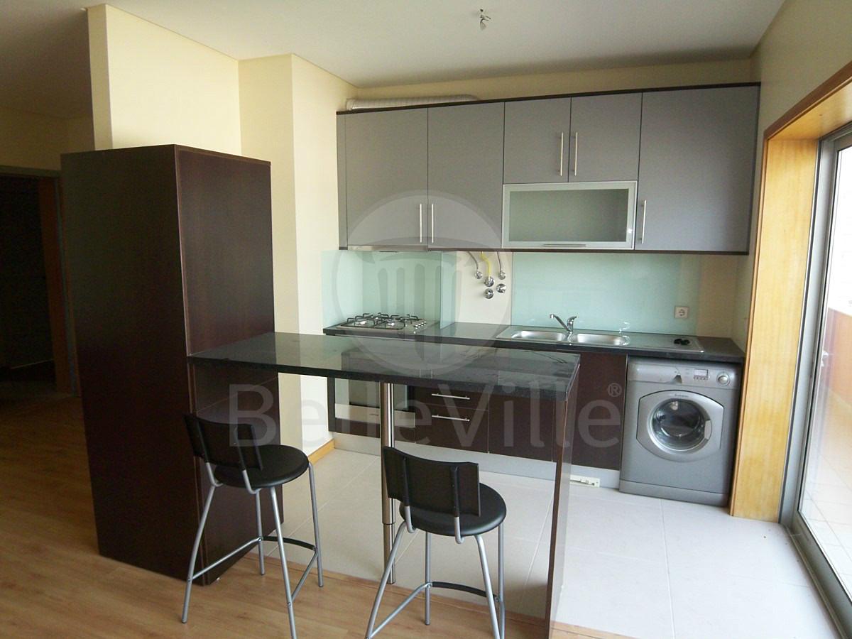 Apartamento T1 para arrendar, mobilado e cozinha equipada em Gualtar