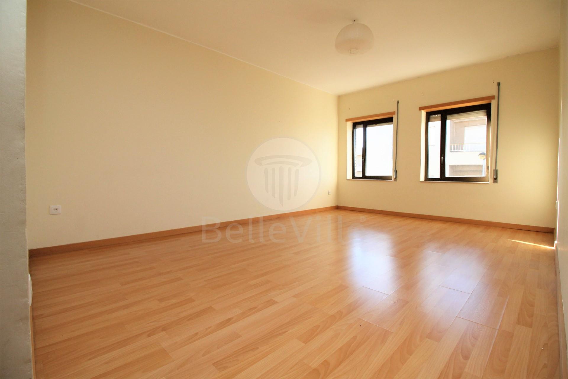 Apartamento T1, Braga, Maximinos,