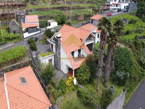 Excelente Moradia em São Vicente - 100% Fin
