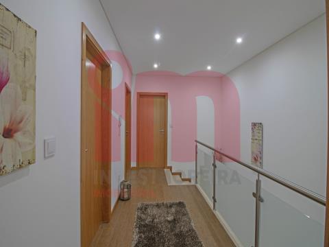 Apartment Floor Dwelling T3