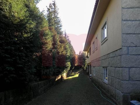 Moradia Isolada T3+2