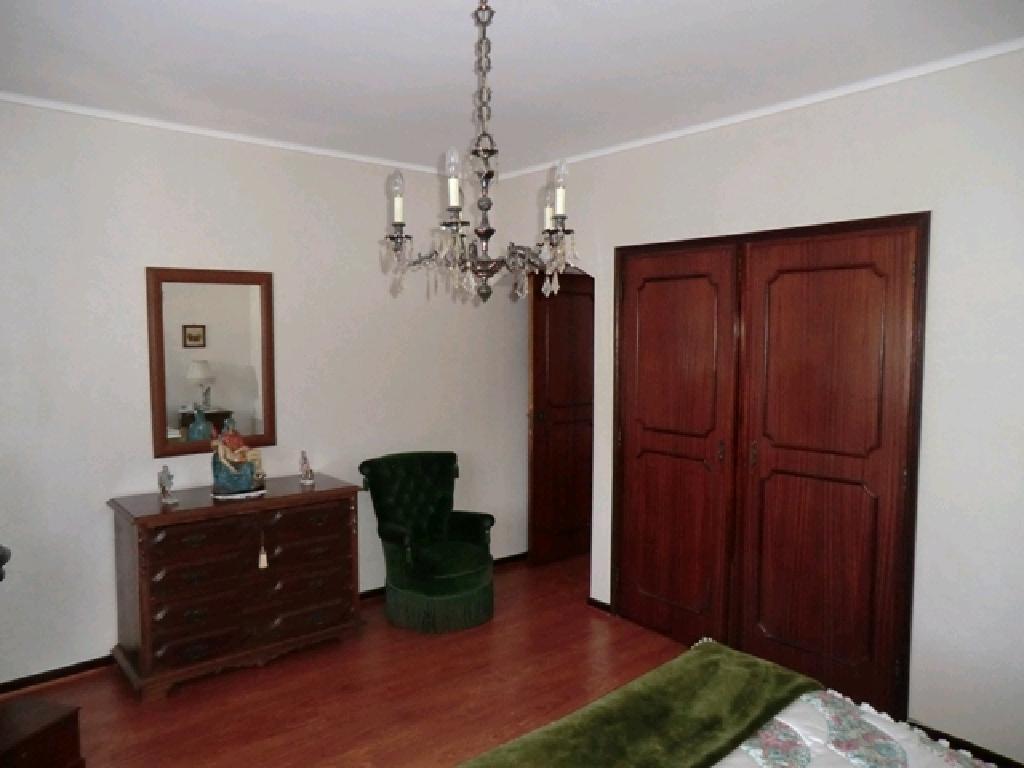 Einfamilienhaus 4+1/2 Schlafzimmer