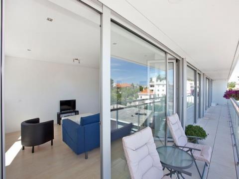 Apartamento T3 com vistas para o Mar