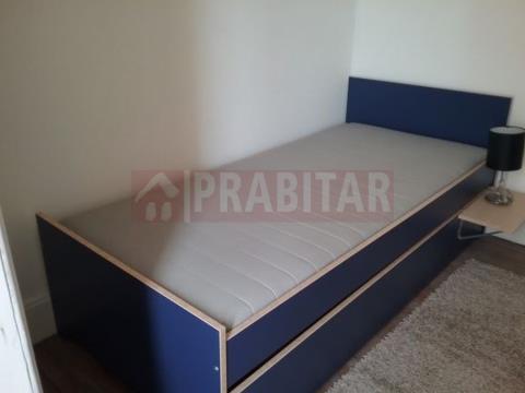 """Arrenda-se Apartamento T3 em Santa Clara, junto ao """"Portugal dos Pequenitos"""""""