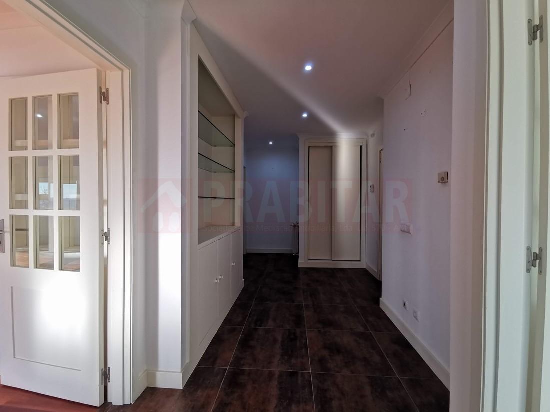 Excelente Apartamento T4 na Quinta da Romeira