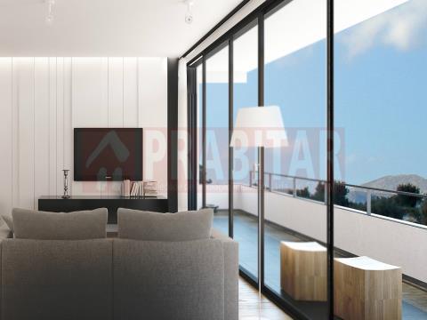 Apartamento T3 Novo com jardim privativo