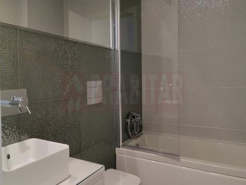 Apartamento T5 Novo em Santa Clara