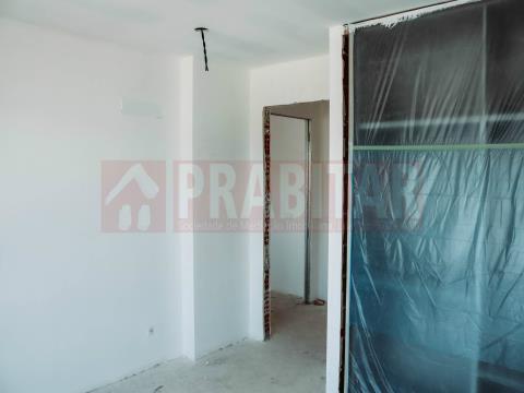 Apartamento T2 Novo em São Martinho do Bispo